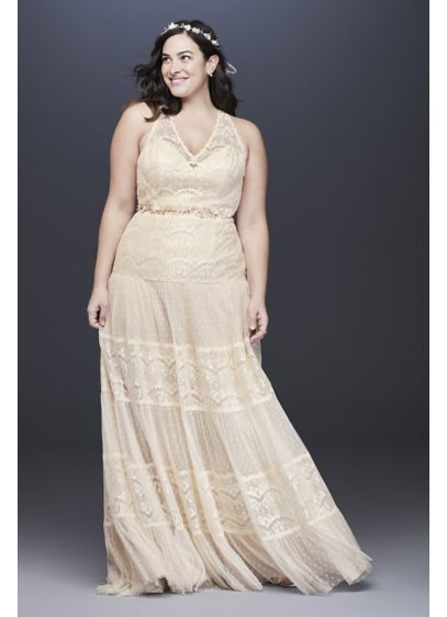 Lace and Point D'Esprit Plus Size Wedding Dress - Vintage-inspired and romantic, this plus-size wedding dress is