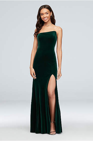 Slanted Neckline Stretch Velvet Sheath Gown