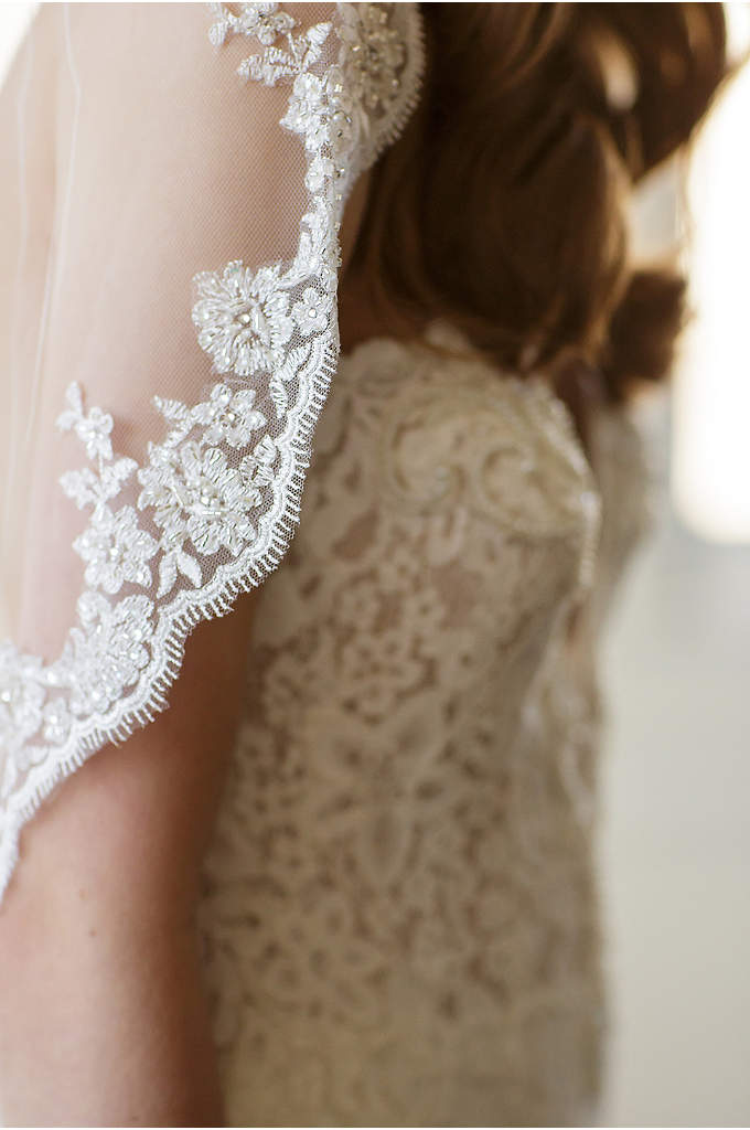 Scalloped Alencon Lace-Trimmed Veil with Comb - A single-layer English tulle veil, trimmed in alencon