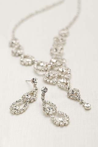 Set de Aretes Con Cristales en Forma de Pera y Collar en Y