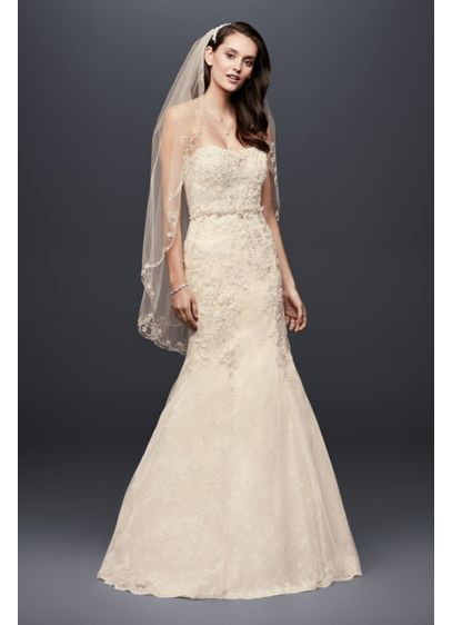 As-Is Corset Back Beads Lace Mermaid Wedding Dress - This mermaid wedding dress is infused with intricate
