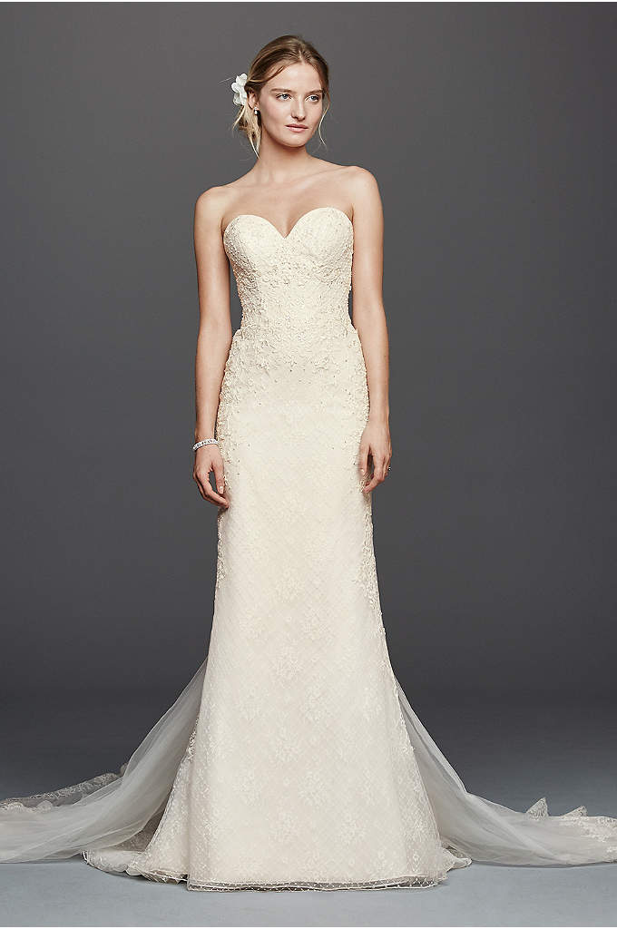 As-Is Oleg Cassini Venice Lace Wedding Dress - For the bride looking to make a dramatic