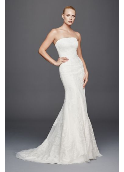 As-Is Strapless Lace Mermaid Wedding Dress - This strapless mermaid wedding dress has an amplified