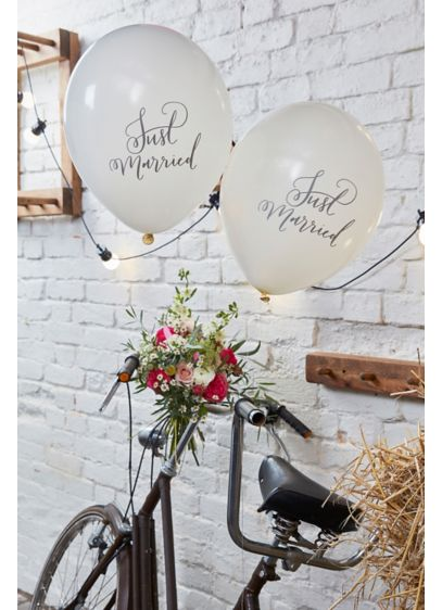 Scripted Mr and Mrs Balloons - Featuring the words