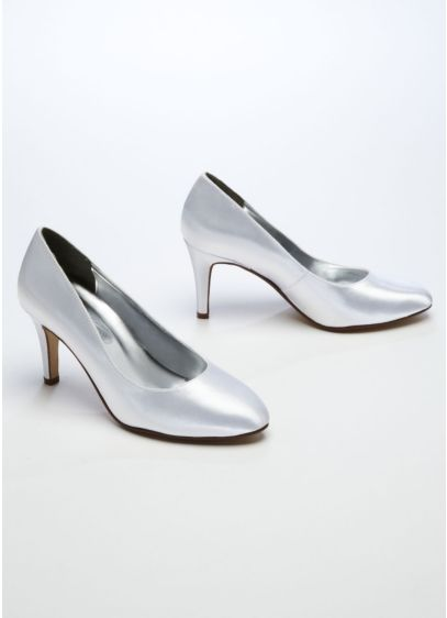 White (Dyeable Almond Toe Pump)
