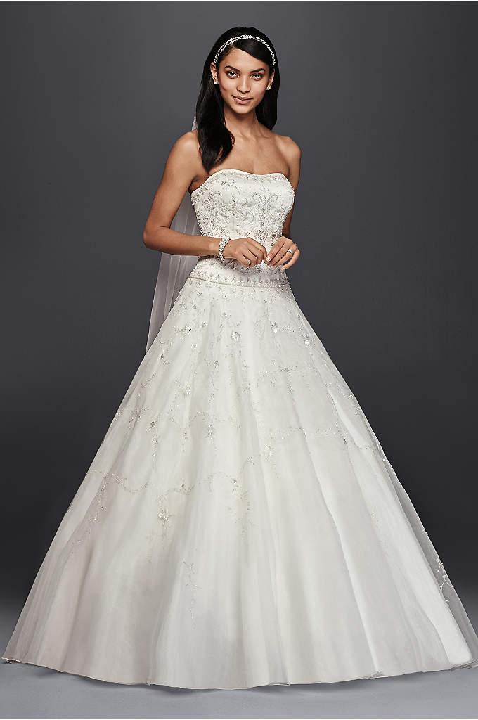 Oleg Cassini Satin Bodice Organza Wedding Dress - This beautiful wedding dress is a special value,