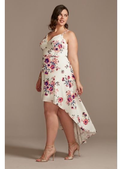 Scalloped Spaghetti High Low Floral Plus Dress - Turn heads in this scalloped spaghetti strap floral
