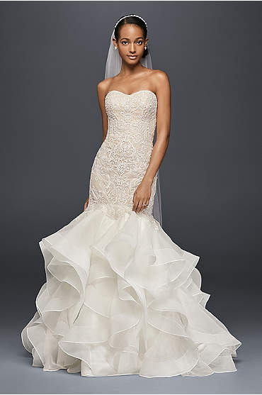 Scroll Lace Trumpet Wedding Dress