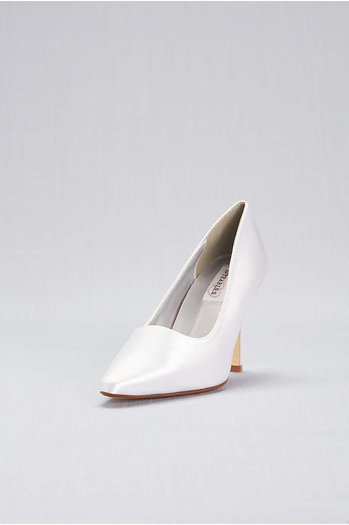 Dyeable Satin Pointy Toe Pumps - An always classic high-heel style, ready to be