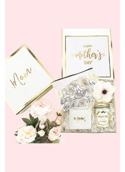 Personalized Mom Gift Box - Personalized mom gift boxes make an elegant way