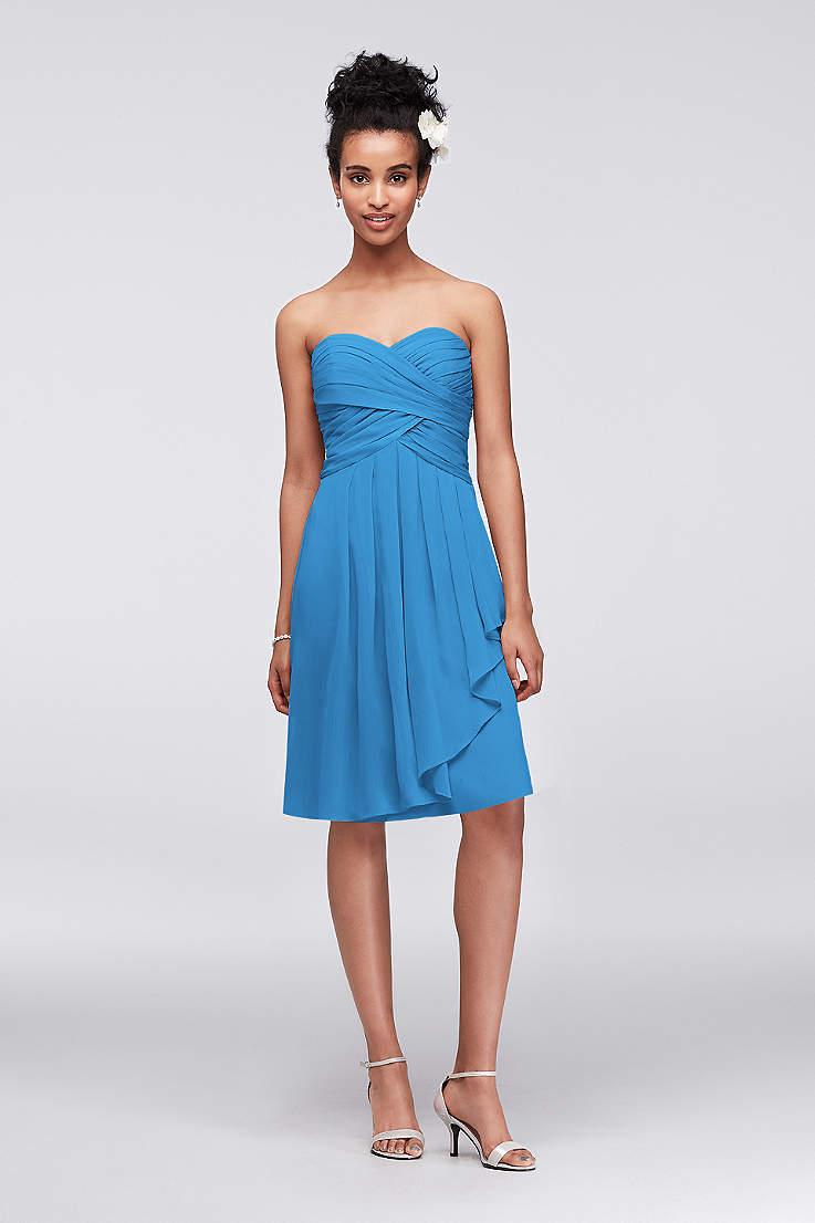 b3b95d3aa8f49 Soft   Flowy David s Bridal Short Bridesmaid Dress