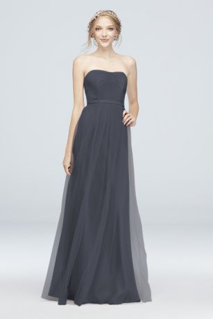 Soft & Flowy;Structured Short Bridesmaid Dress
