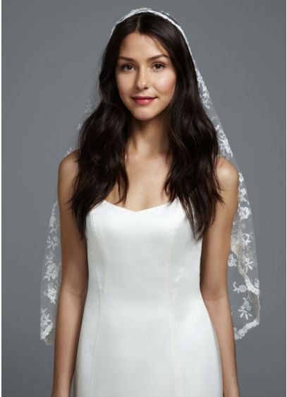 David's Bridal Ivory (One Tier All Over Lace Mantilla Veil)