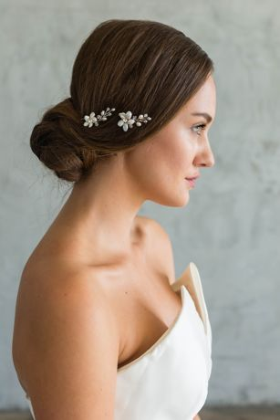 Freshwater Pearl Flower Hair Pin Set | David's Bridal | Tuggl