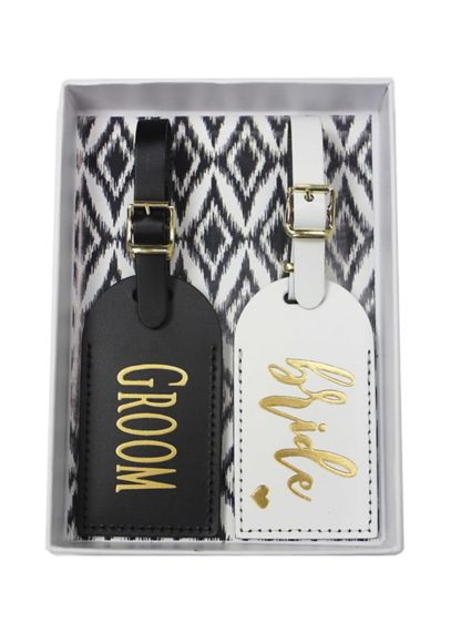 Bride and Groom Luggage Tag Set - These leather Bride & Groom luggage tags would