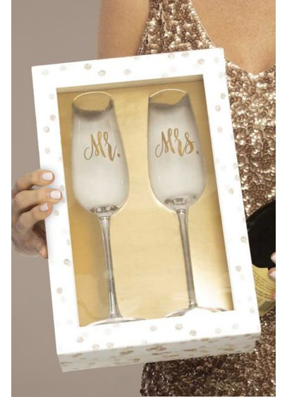 Mr and Mrs Champagne Flutes - Wedding Gifts & Decorations