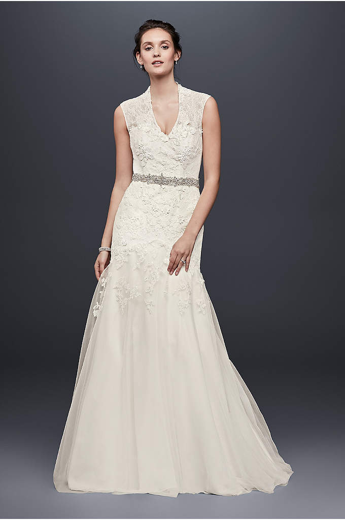 Melissa Sweet Cap Sleeve Lace Wedding Dress - Figure-flattering design and craftsmanship make this cap-sleeve trumpet