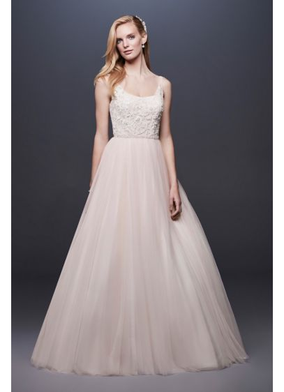 Lace and Tulle Ball Gown Wedding Dress with - A skirt crafted of tulle, netting, and crinkle