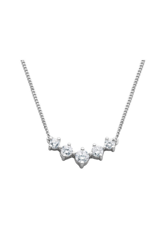 Graduated Solitaire Sterling Silver Necklace - A dazzling piece that's delicate enough for everyday