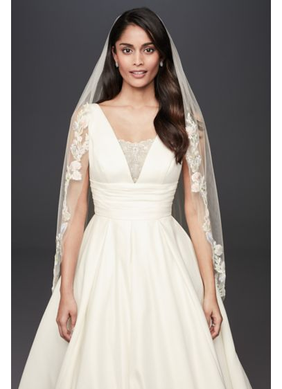 David's Bridal Ivory (Beaded Applique Fingertip Veil)