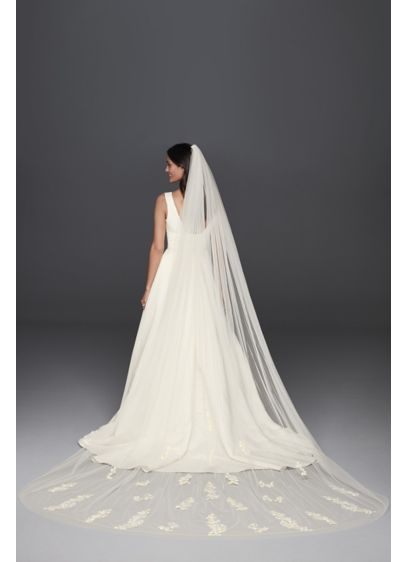 David's Bridal Ivory (Scattered Lace Cathedral Veil)