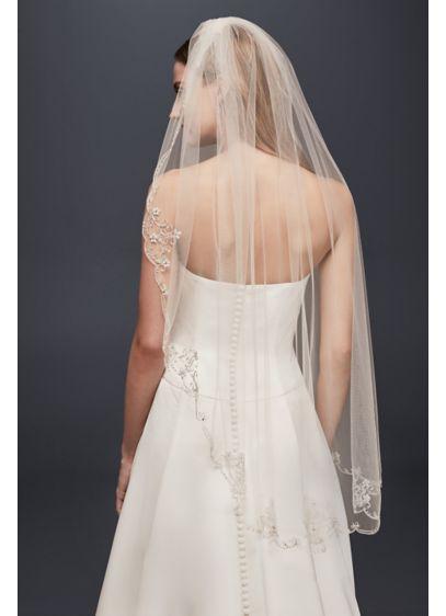 Scallop-Edge Scroll Fingertip Veil - Wedding Accessories