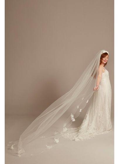 Scalloped Lace Applique Edge Cathedral Veil - Wedding Accessories
