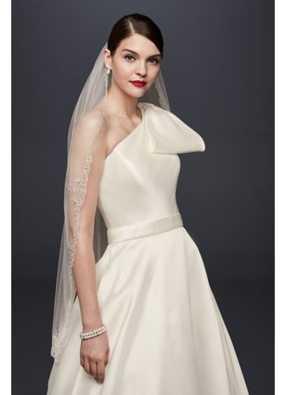 David's Bridal Ivory (Metallic Embroidered Crest Fingertip Veil)