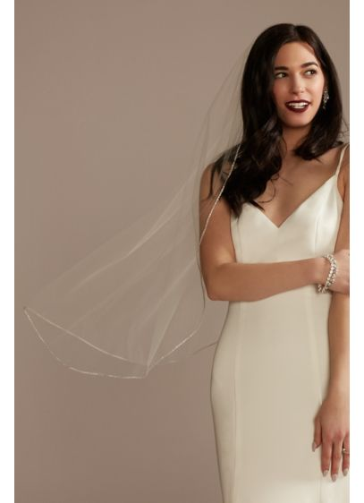 Round Crystal Edge Tulle Mid-Length Veil - Wedding Accessories
