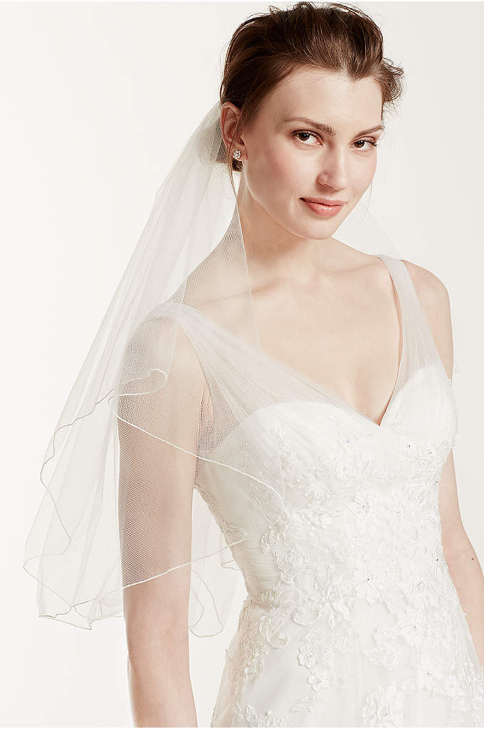 Short Veil with Pearl Wire Flower Comb - Look like a princess on your special day