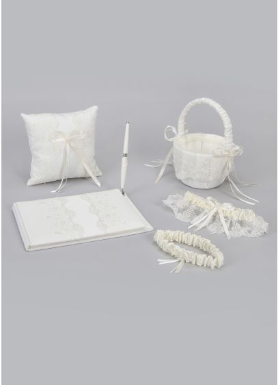 Ceremony Gift Set - This lace accent collection set comes with all