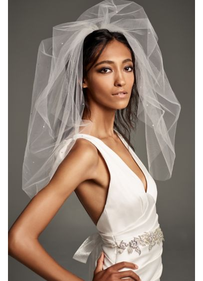 Crystal Scatter Mid-Length Veil - White by Vera Wang's beautiful mid-length tulle veil