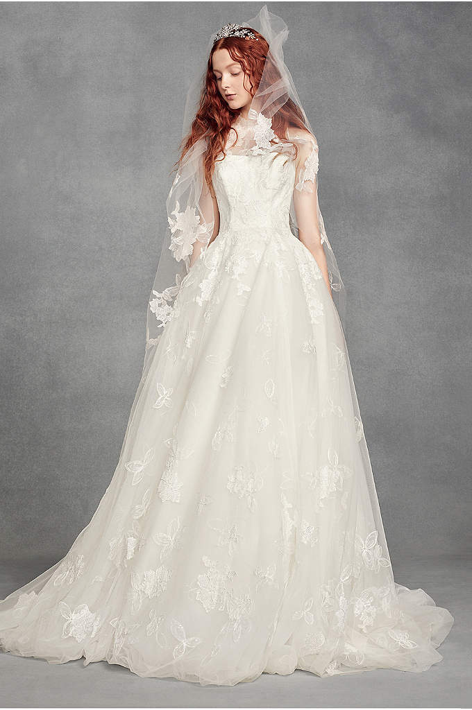 Tossed Floral Lace Applique Walking-Length Veil - Embroidered, tossed flowers add an organic, airy touch