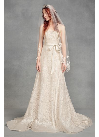 White by Vera Wang Ivory (Floral Lace Applique Fingertip Veil)