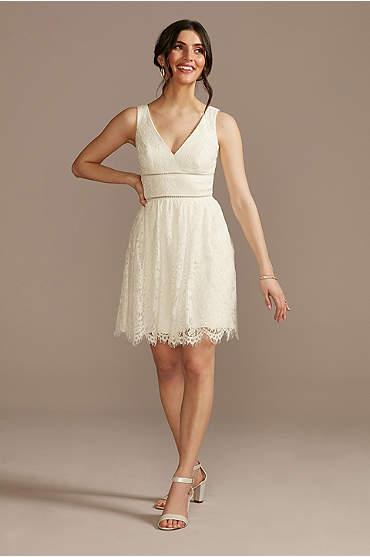 V-Neck Lace Short Sheath Party Dress