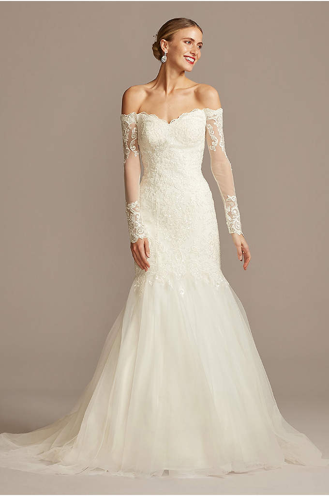 Long Sleeve Off-the-Shoulder Trumpet Wedding Dress - The beauty is in the details of this