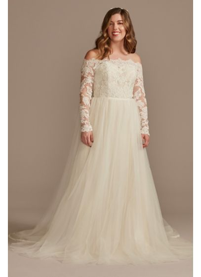 Lace Applique Off Shoulder Tulle Wedding Dress - An off-the-shoulder bodice, with scalloped trim and appliques,
