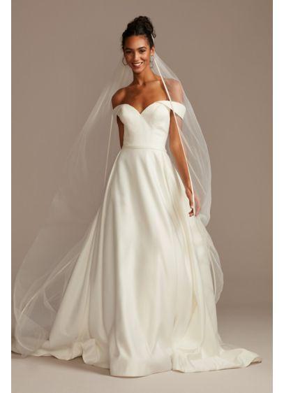 David's Bridal White (Satin-Edge Chapel-Length Veil)