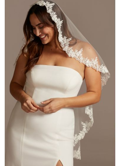 David's Bridal White (Embroidered Floral Fingertip Mantilla Veil)