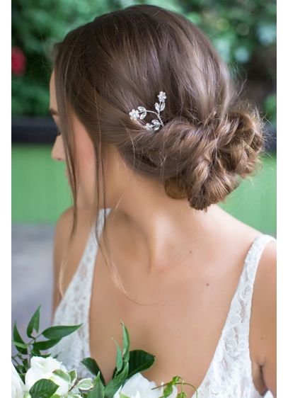 Crystal Flower Trio Hair Pin - Adorned with three crystal flowers, this hair pin