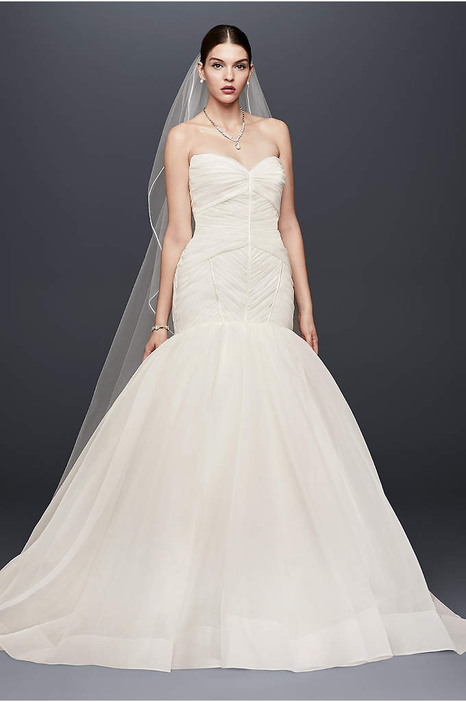 Truly Zac Posen Pleated Organza Wedding Dress - Zac Posen's signature couture craftsmanship is highlighted in