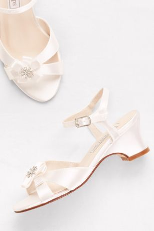 Touch Ups White Flowergirl Shoes (Girls Dyeable Satin Sandals with Flower Detail)