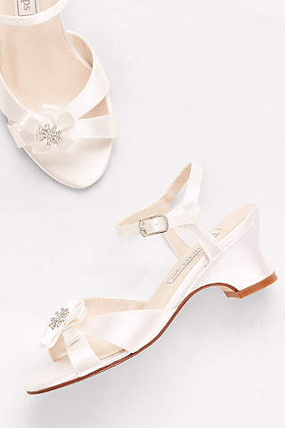 Flower girl shoes girls dress shoes davids bridal touch ups white flowergirl shoes girls dyeable satin sandals with flower detail mightylinksfo