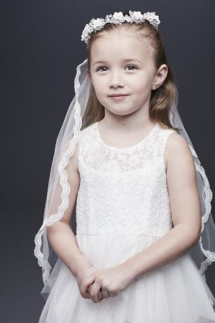 Scalloped Lace-Trimmed Communion Veil