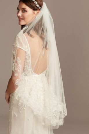 Scroll Embroidered Fingertip Veil with Crystals
