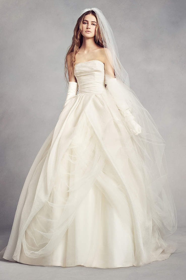3307012e0a4 White by Vera Wang. White by Vera Wang Textured Organza Wedding Dress