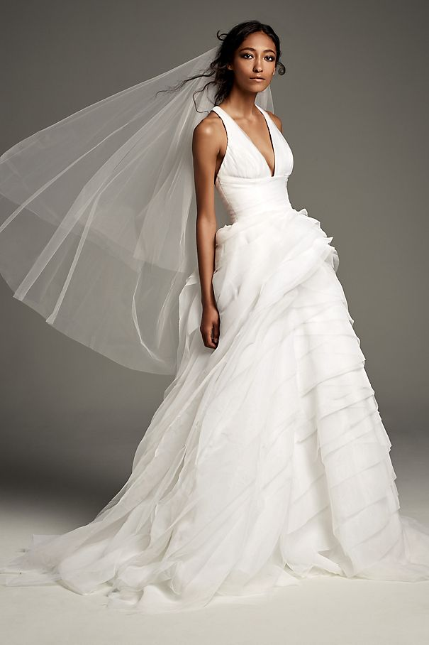 Tiered Organza T-Back Ball Gown Wedding Dress VW351441