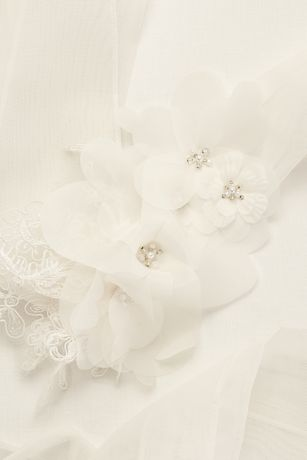 Garza Sash with Lace Appliques