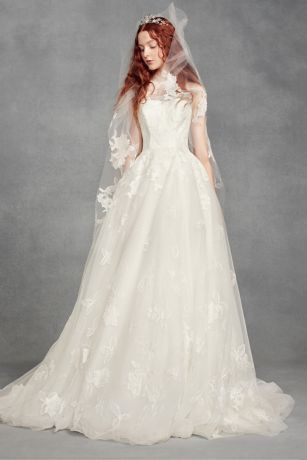 Tossed Floral Lace Applique Walking-Length Veil