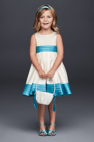 b74afdb1cbf Flower Girl Dresses in Various Colors   Styles